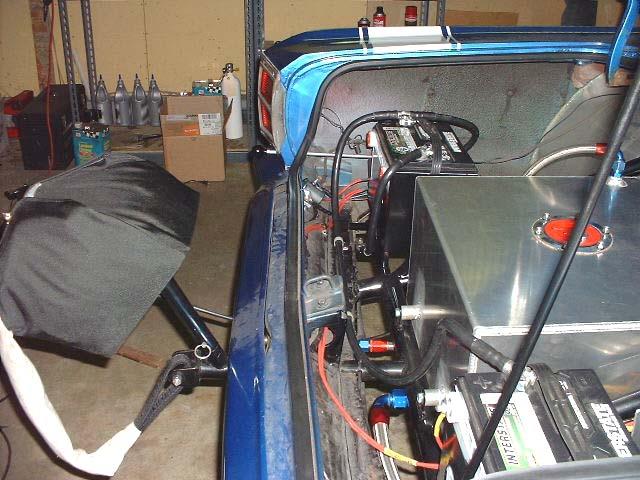 i wire alternator to kill switch in rear unlawfl 39 s race. Black Bedroom Furniture Sets. Home Design Ideas
